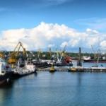 Предлагаем услугу экспедирование грузов в порту.