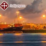 Услуги по перевозкам зерна и других грузов речными и морскими судами. Услуги фрахтовых брокеров.