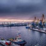 Транспортная компания Морские Перевозки находится в Мурманске.
