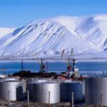 Необходима доставка нефтеналивной баржи в порт Певек.