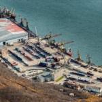 Просьба сообщить стоимость и сроки доставки груза из С.Петербурга, п.Металлстрой в порт Магадан