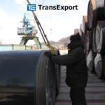 Перевалка грузов в порту федерального значения в заливе Находка – крупнейшем портово-транспортном узле России на Тихом океане.
